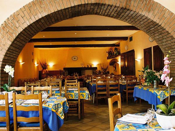 Hôtel Restaurant Le Cours
