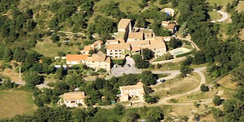 village Entrepierres